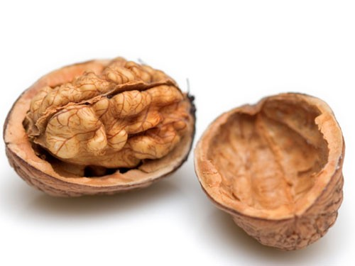 Photo Credit: http://www.seriouseats.com/images/22100414-walnuts2.jpg